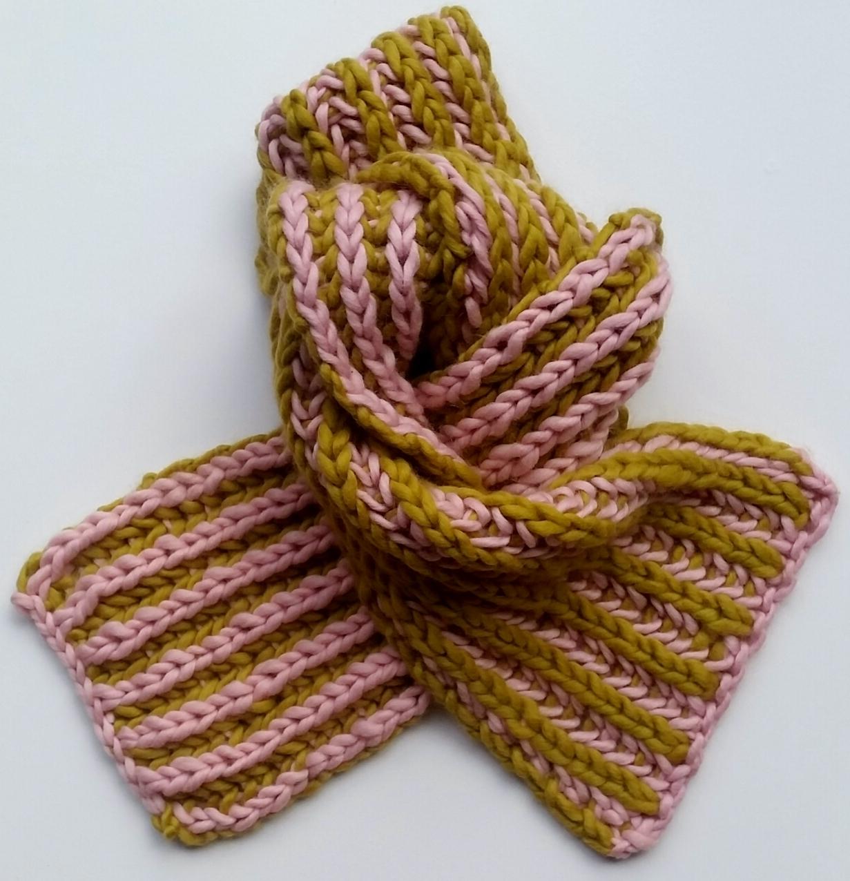 two_colour_brioche_scarf.jpg