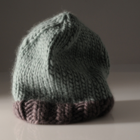 Knitted hat using Plump