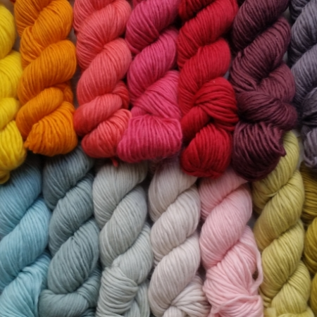Plump dk handknitting yarn 15 colours
